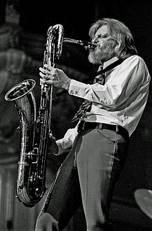 "Gerry Mulligan playing a Conn ""Cross-Bar"" baritone saxophone with split bell-keys and rolled toneholes in 1972"